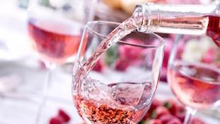 桃红葡萄酒的颜色判断