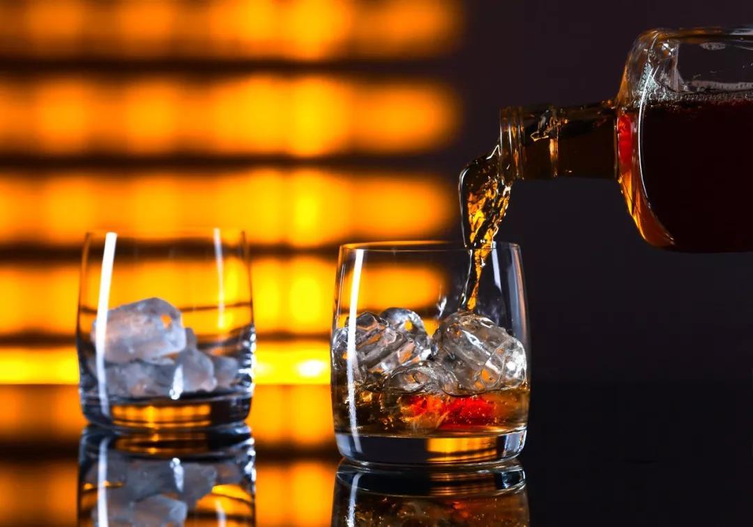 美国对多项欧洲酒类征收25%关税,意大利葡萄酒幸免于难