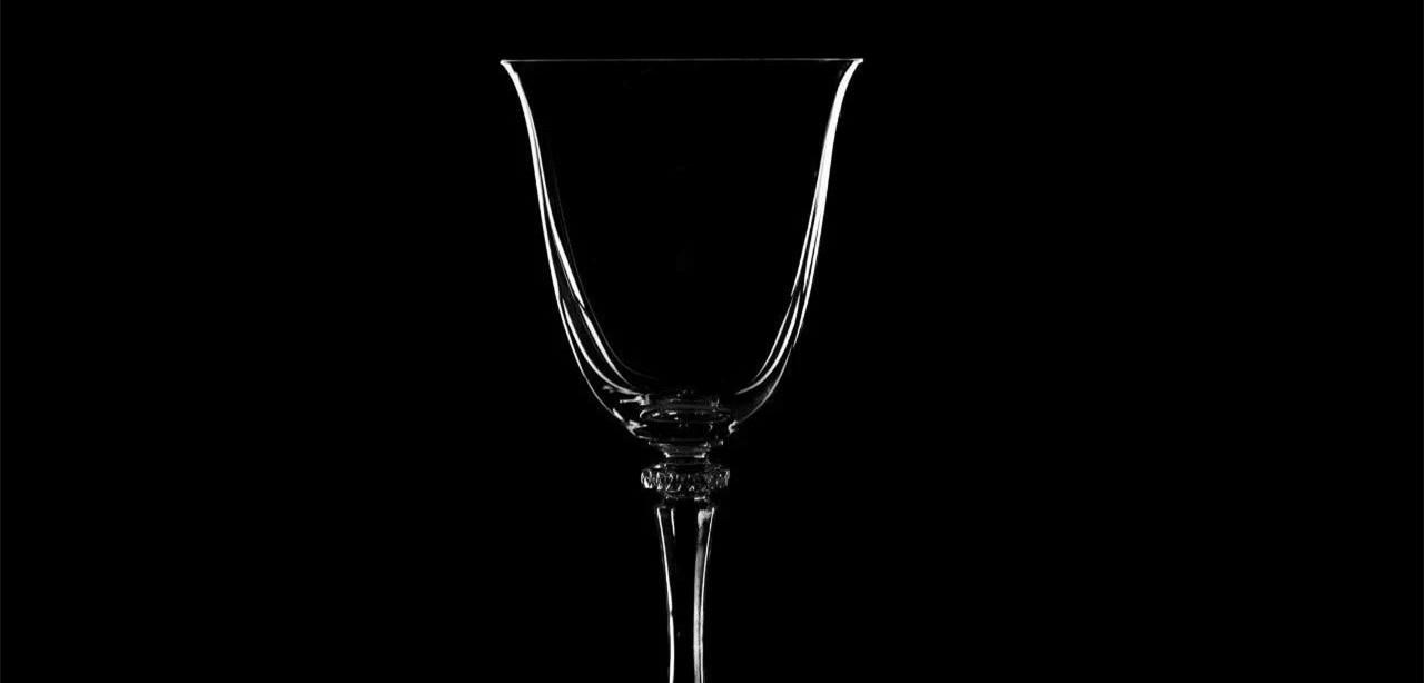 过去300年,酒杯的容量增加了7倍!| 葡萄酒杯进化史
