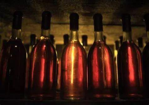 如何打开甜酒高端市场 ?专访托卡伊名庄野猪岩总经理兼总酿酒师