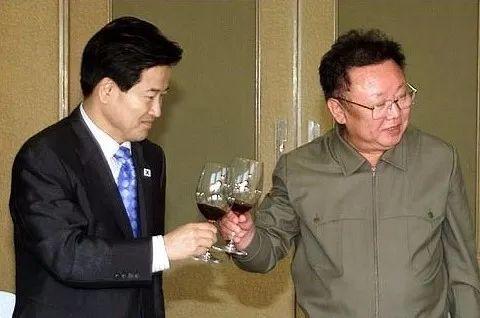 老金豪饮轩尼诗,小金生日搜过这款酒!朝鲜都爱什么葡萄酒? | 酒斛发现
