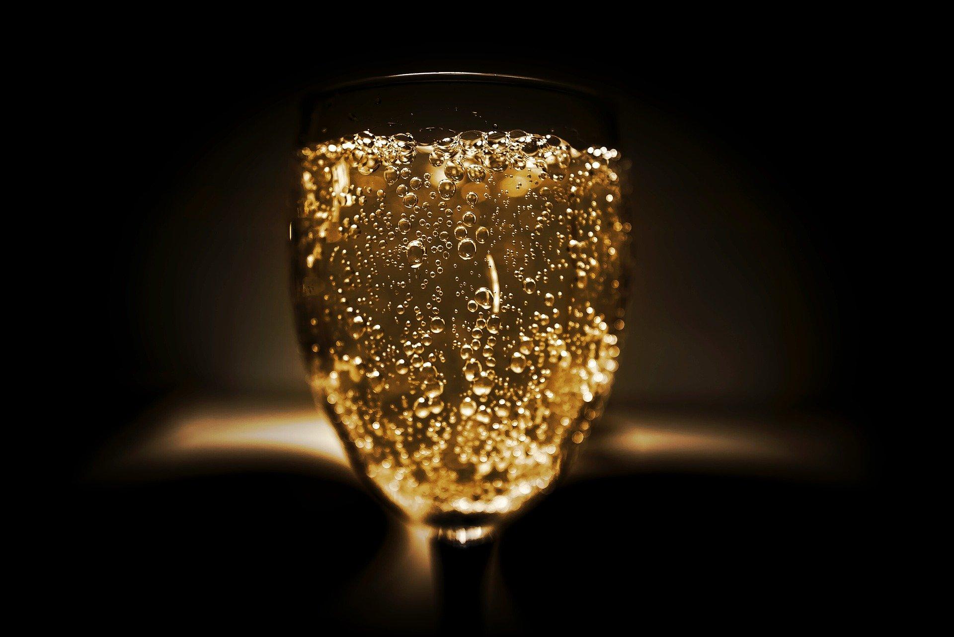 为什么行家更偏爱小农香槟?