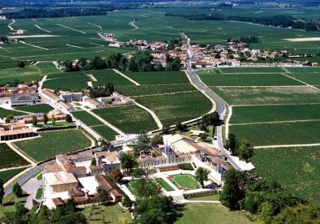 龙船庄园Château Beychevelle