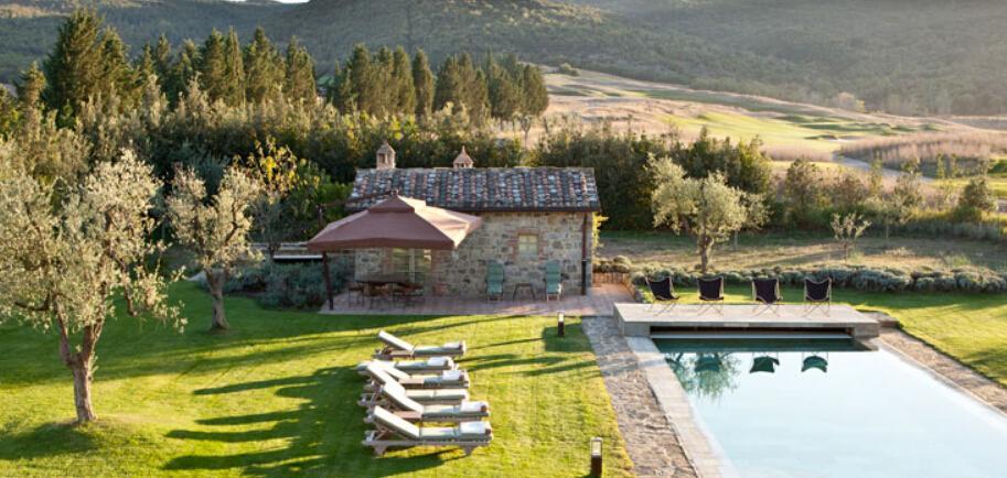 菲拉格慕私人会员制庄园Castiglione del Bosco