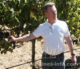 约翰杜瓦尔酒庄John Duval Wines
