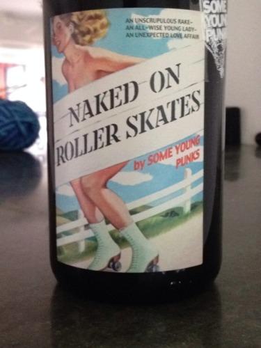 新生朋克酒庄滑溜溜干红Some Young Punks Naked On Roller Skates
