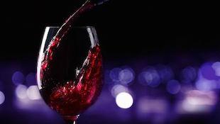 睡前喝红酒 瘦身效果好